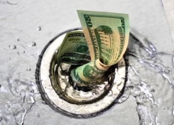 Причины слива банка в лайвах