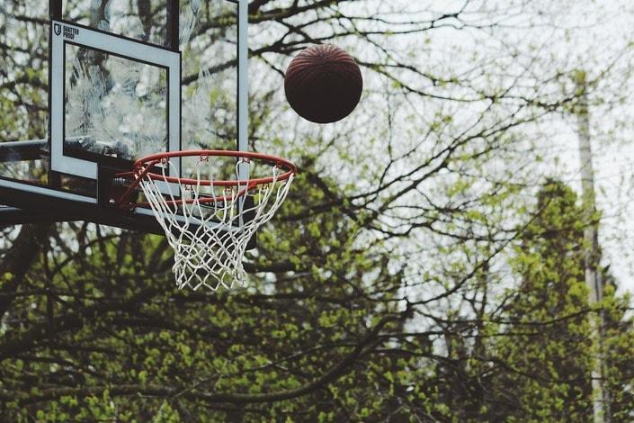 Стратегии ставок на тотал в баскетболе
