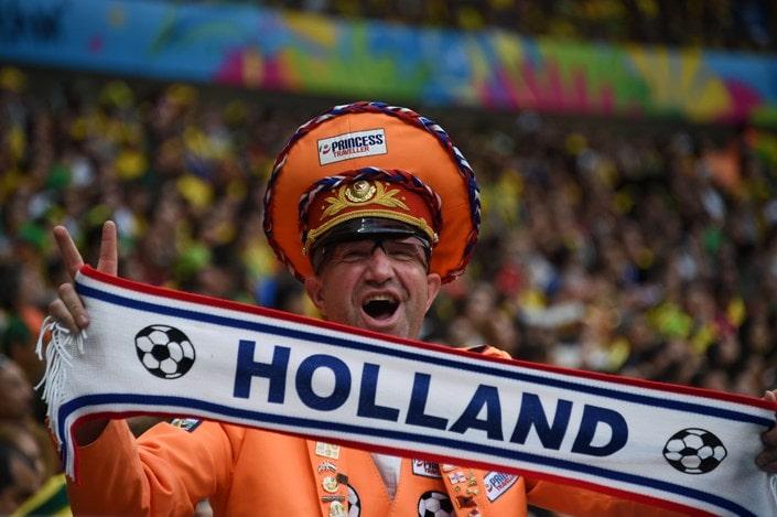 Как делать ставки на чемпионат (кубок) Нидерландов?