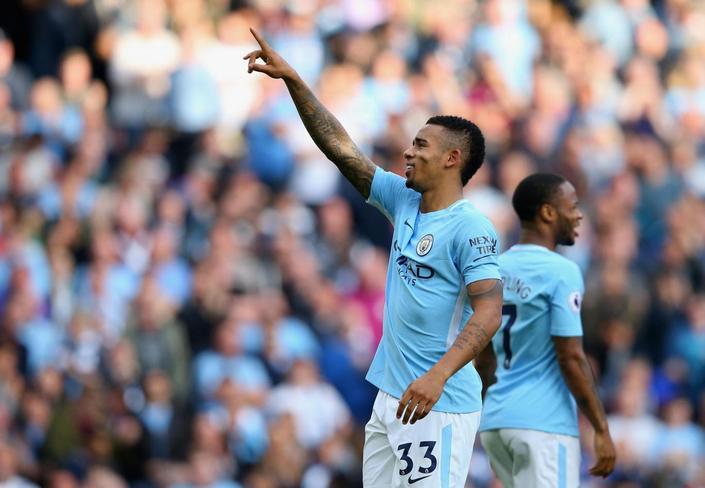 Два различных  тайма всоставе Манчестер Сити— Александр Зинченко