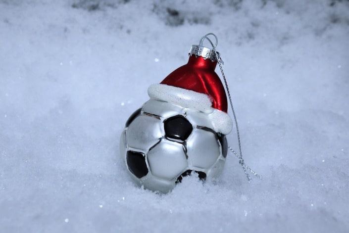 Как делать ставки на футбол зимой?