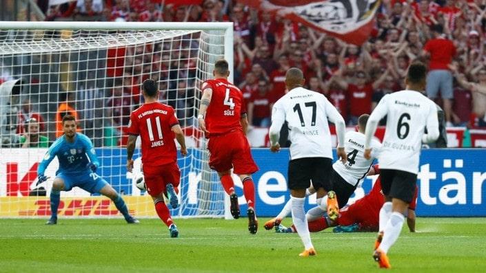 Айнтрахт - Бавария. Прогноз матча чемпионата Германии
