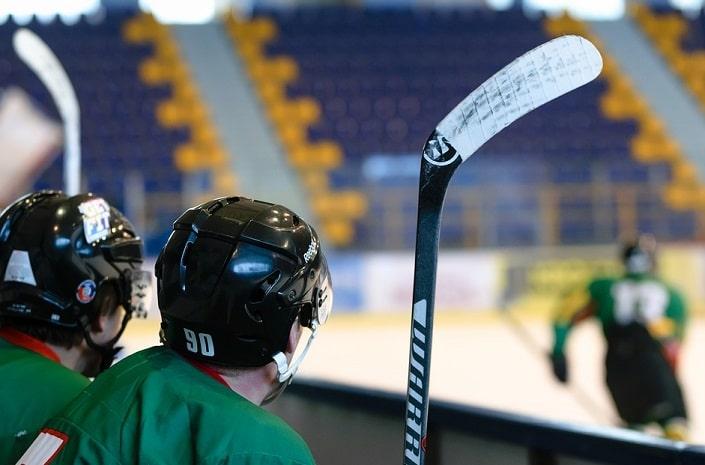 Как делать ставки на хоккей в БК Фонбет?