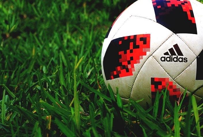делать футбол на как ставок