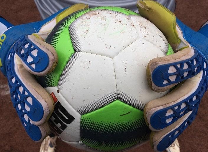 Исследование: ищем лучшую дополнительную роспись на футбол